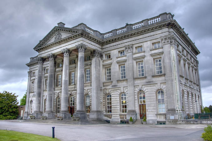 Moor Park Mansion to commemorate Battle of Arnhem