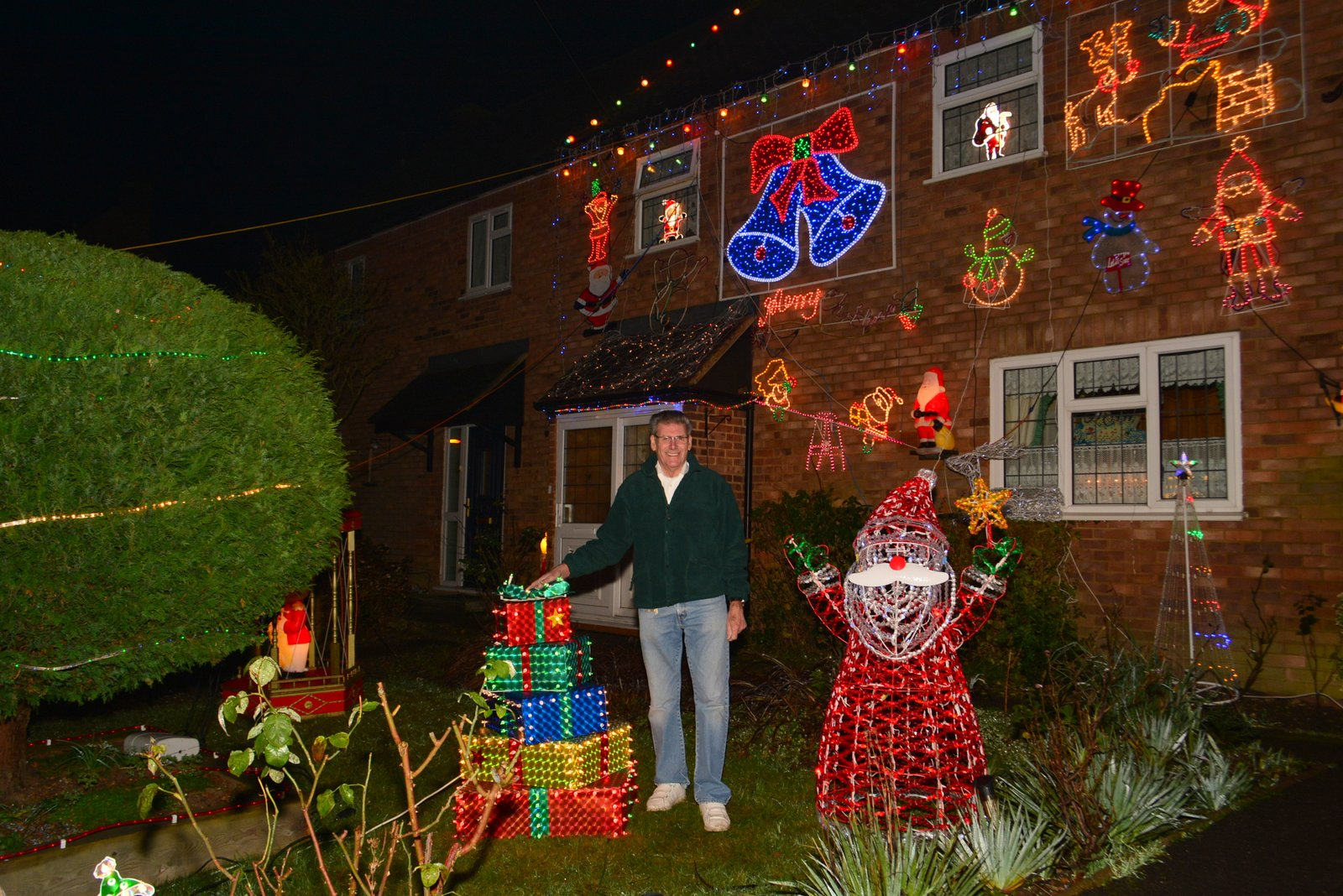 Mr Christmas set to light up Croxley Green on Saturday