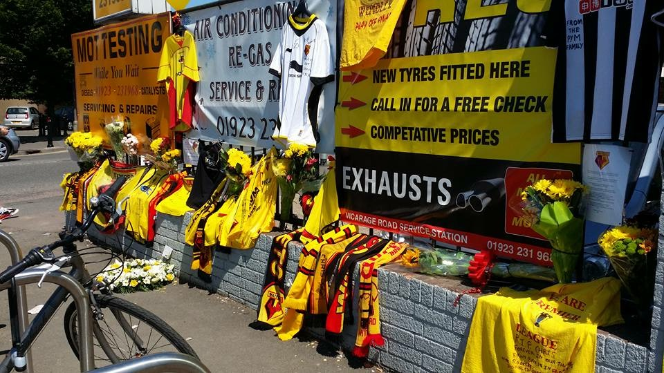 Watford fans pay tribute to Tunisia victim
