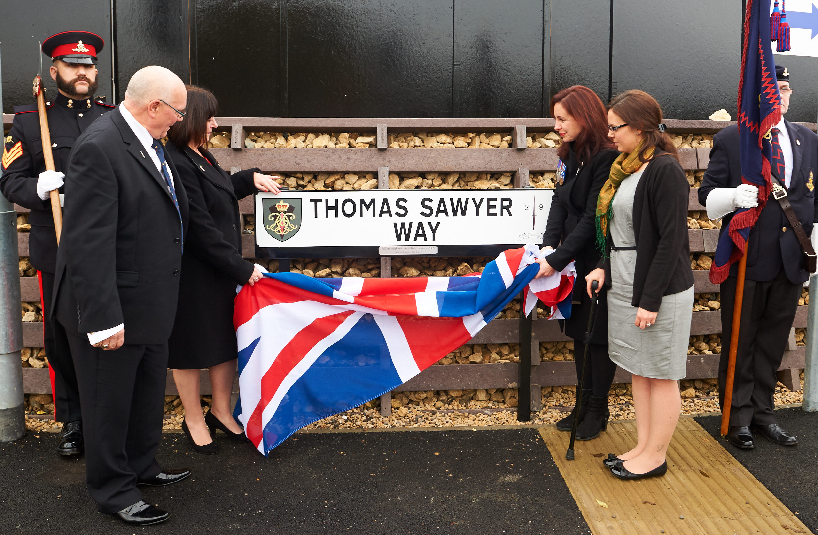 New road to Watford Hospital named after local hero