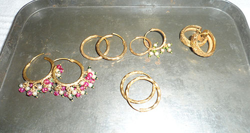 Police appeal for stolen jewellery