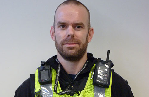 Unarmed police officer who protected public from St Albans knife man wins bravery award